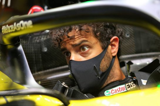Daniel Ricciardo (AUS) Renault F1 Team RS20. 11.07.2020. Formula 1 World Championship, Rd 2, Steiermark Grand Prix, Spielberg, Austria, Qualifying Day. - www.xpbimages.com, EMail: requests@xpbimages.com © Copyright: Moy / XPB Images