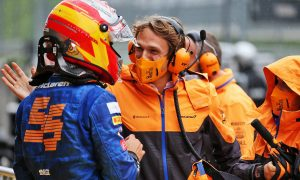 Sainz credits team for shining in 'quite stressful' qualifying