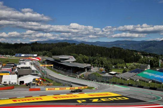 Lewis Hamilton (GBR) Mercedes AMG F1 W11. 12.07.2020. Formula 1 World Championship, Rd 2, Steiermark Grand Prix, Spielberg, Austria, Race Day. - www.xpbimages.com, EMail: requests@xpbimages.com © Copyright: Batchelor / XPB Images