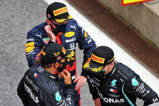 Race winner Lewis Hamilton (GBR) Mercedes AMG F1 with Max Verstappen (NLD) Red Bull Racing and Valtteri Bottas (FIN) Mercedes AMG F1 in parc ferme. 12.07.2020. Formula 1 World Championship, Rd 2, Steiermark Grand Prix, Spielberg, Austria, Race Day. - www.xpbimages.com, EMail: requests@xpbimages.com © Copyright: Moy / XPB Images