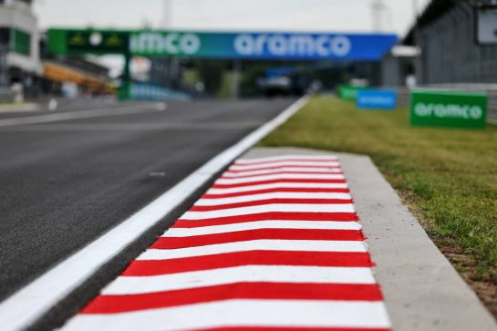 Circuit atmosphere - kerb detail.