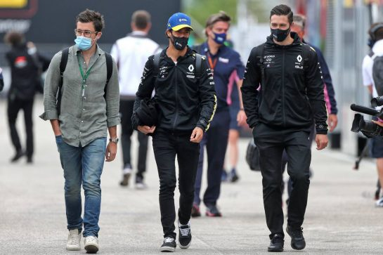 Daniel Ricciardo (AUS) Renault F1 Team. 17.07.2020. Formula 1 World Championship, Rd 3, Hungarian Grand Prix, Budapest, Hungary, Practice Day. - www.xpbimages.com, EMail: requests@xpbimages.com © Copyright: Moy / XPB Images