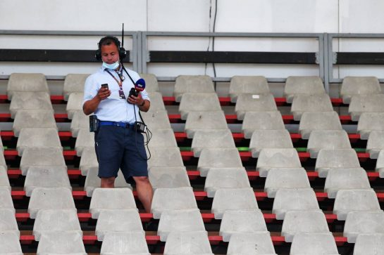 Ted Kravitz (GBR) Sky Sports Pitlane Reporter. 17.07.2020. Formula 1 World Championship, Rd 3, Hungarian Grand Prix, Budapest, Hungary, Practice Day. - www.xpbimages.com, EMail: requests@xpbimages.com © Copyright: Moy / XPB Images