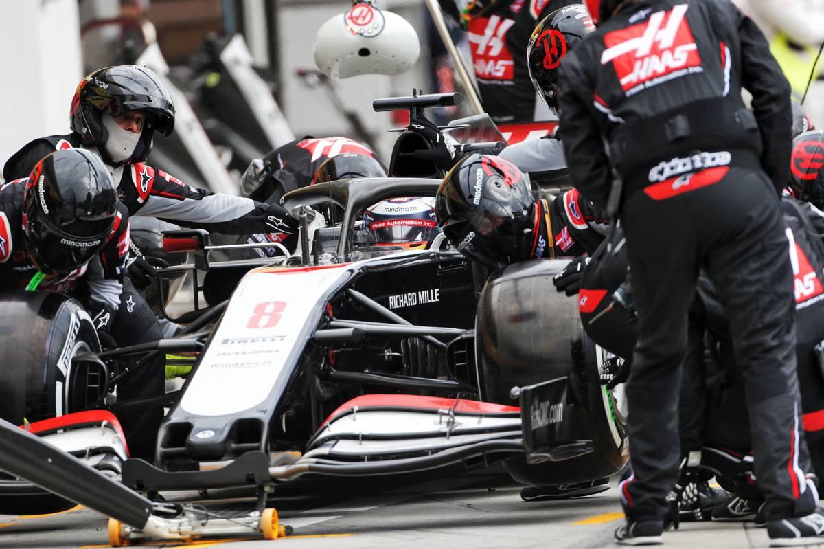 Romain Grosjean (FRA) Haas F1 Team VF-20 makes a pit stop. 19.07.2020.