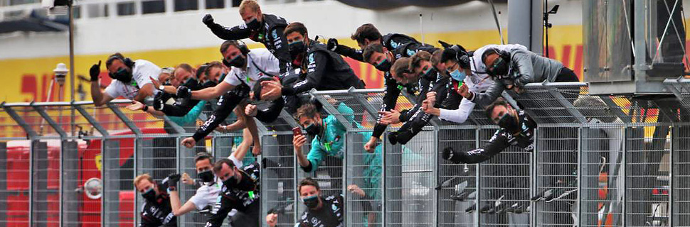 Mercedes AMG F1 celebrate as race winner Lewis Hamilton (GBR) Mercedes AMG F1 W11 finishes the race.