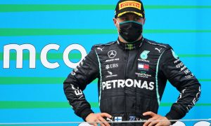 Hill urges Bottas to play mind games to beat Hamilton