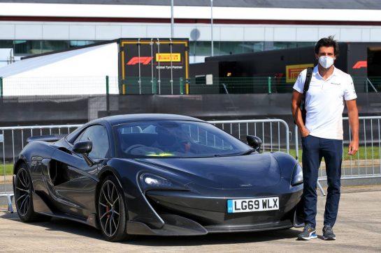 Carlos Sainz Jr (ESP) McLaren with his road car. 30.07.2020. Formula 1 World Championship, Rd 4, British Grand Prix, Silverstone, England, Preparation Day. - www.xpbimages.com, EMail: requests@xpbimages.com © Copyright: Batchelor / XPB Images
