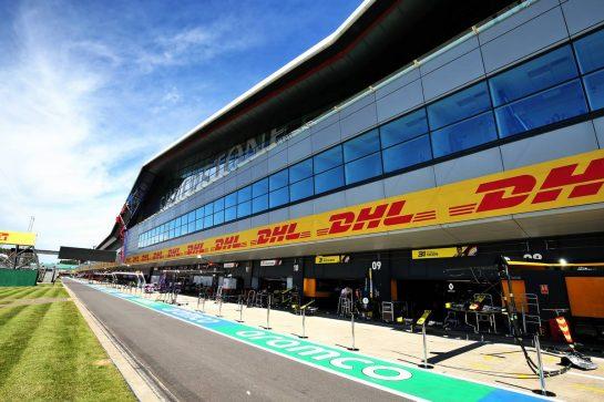 Renault F1 Team pit garages. 30.07.2020. Formula 1 World Championship, Rd 4, British Grand Prix, Silverstone, England, Preparation Day. - www.xpbimages.com, EMail: requests@xpbimages.com © Copyright: Moy / XPB Images