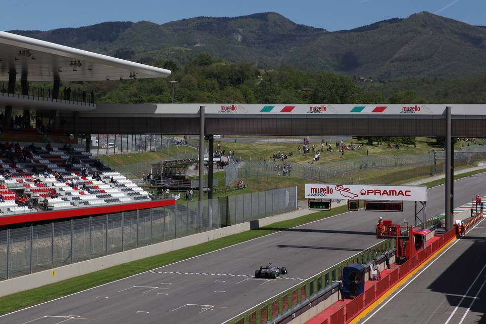 Mugello to open gates to limited number of F1 fans