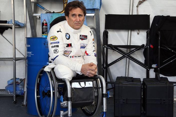 Zanardi undergoes neurosurgery for a third time