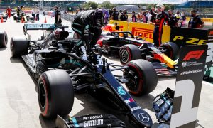 Hamilton recovers from spin to sweep record Silverstone pole