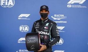 Hamilton: 'Qualifying like juggling balls on a moving plate!'