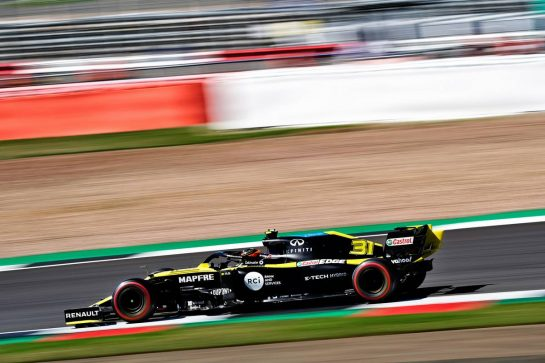 Esteban Ocon (FRA) Renault F1 Team RS20.                                07.08.2020. Formula 1 World Championship, Rd 5, 70th Anniversary Grand Prix, Silverstone, England, Practice Day. - www.xpbimages.com, EMail: requests@xpbimages.com © Copyright: Dungan / XPB Images