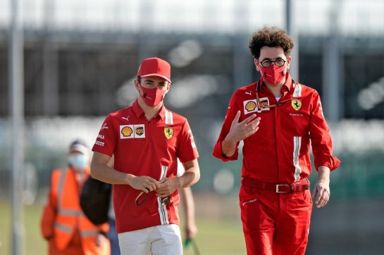 (L to R): Charles Leclerc (MON) Ferrari with Mattia Binotto (ITA) Ferrari Team Principal.                                08.08.2020. Formula 1 World Championship, Rd 5, 70th Anniversary Grand Prix, Silverstone, England, Qualifying Day. - www.xpbimages.com, EMail: requests@xpbimages.com © Copyright: Dungan / XPB Images