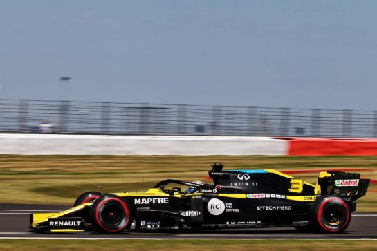Daniel Ricciardo (AUS) Renault F1 Team RS20. 08.08.2020. Formula 1 World Championship, Rd 5, 70th Anniversary Grand Prix, Silverstone, England, Qualifying Day. - www.xpbimages.com, EMail: requests@xpbimages.com © Copyright: Batchelor / XPB Images