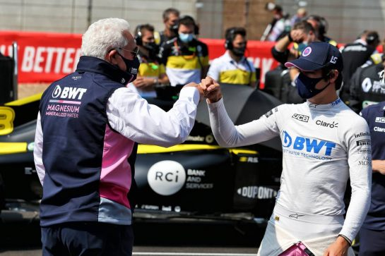 (L to R): Lawrence Stroll (CDN) Racing Point F1 Team Investor on the grid with his son Lance Stroll (CDN) Racing Point F1 Team. 09.08.2020. Formula 1 World Championship, Rd 5, 70th Anniversary Grand Prix, Silverstone, England, Race Day. - www.xpbimages.com, EMail: requests@xpbimages.com © Copyright: Moy / XPB Images