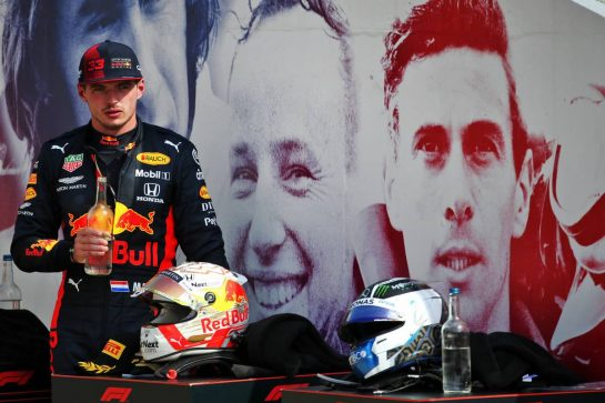 Race winner Max Verstappen (NLD) Red Bull Racing in parc ferme. 09.08.2020. Formula 1 World Championship, Rd 5, 70th Anniversary Grand Prix, Silverstone, England, Race Day. - www.xpbimages.com, EMail: requests@xpbimages.com © Copyright: Batchelor / XPB Images