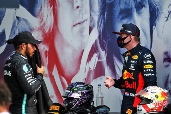 (L to R): Lewis Hamilton (GBR) Mercedes AMG F1 with race winner Max Verstappen (NLD) Red Bull Racing in parc ferme. 09.08.2020. Formula 1 World Championship, Rd 5, 70th Anniversary Grand Prix, Silverstone, England, Race Day. - www.xpbimages.com, EMail: requests@xpbimages.com © Copyright: Batchelor / XPB Images