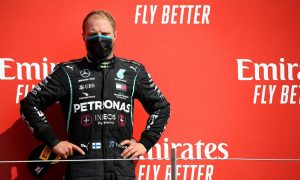 Bottas criticises 'far from ideal' Mercedes strategy
