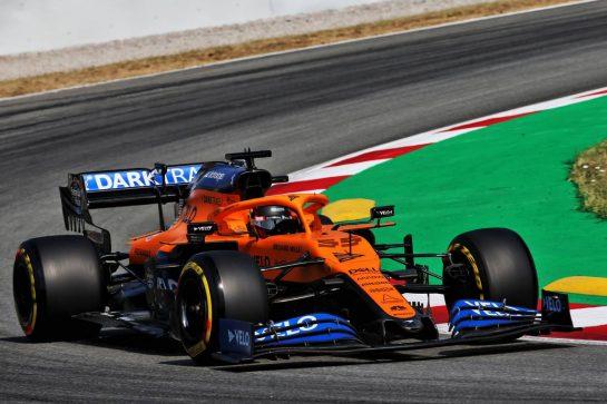 Carlos Sainz Jr (ESP) McLaren MCL35. 14.08.2020 Formula 1 World Championship, Rd 6, Spanish Grand Prix, Barcelona, Spain, Practice Day. - www.xpbimages.com, EMail: requests@xpbimages.com © Copyright: Batchelor / XPB Images