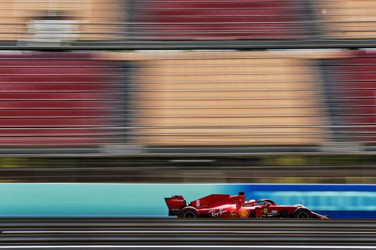 Sebastian Vettel (GER) Ferrari SF1000.