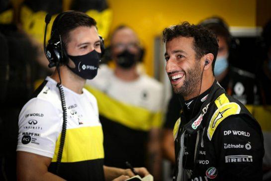 Daniel Ricciardo (AUS) Renault F1 Team. 15.08.2020. Formula 1 World Championship, Rd 6, Spanish Grand Prix, Barcelona, Spain, Qualifying Day. - www.xpbimages.com, EMail: requests@xpbimages.com © Copyright: Charniaux / XPB Images