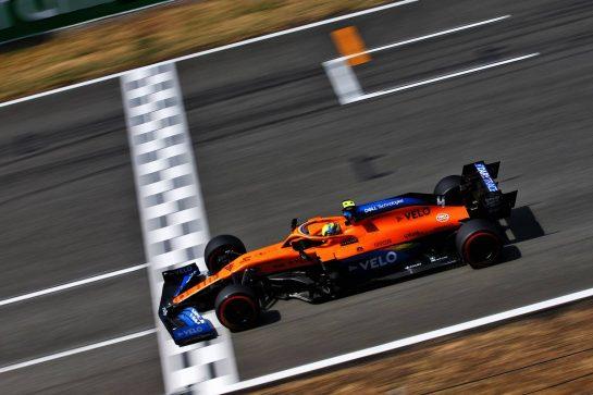 Lando Norris (GBR) McLaren MCL35. 15.08.2020. Formula 1 World Championship, Rd 6, Spanish Grand Prix, Barcelona, Spain, Qualifying Day. - www.xpbimages.com, EMail: requests@xpbimages.com © Copyright: Filipe / XPB Images