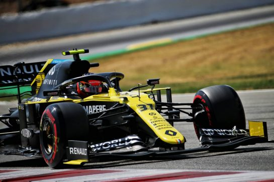 Esteban Ocon (FRA) Renault F1 Team RS20. 15.08.2020. Formula 1 World Championship, Rd 6, Spanish Grand Prix, Barcelona, Spain, Qualifying Day. - www.xpbimages.com, EMail: requests@xpbimages.com © Copyright: Batchelor / XPB Images