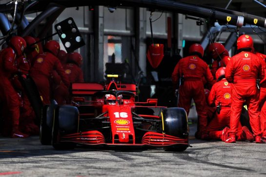 Charles Leclerc (MON) Ferrari SF1000 makes a pit stop. 16.08.2020. Formula 1 World Championship, Rd 6, Spanish Grand Prix, Barcelona, Spain, Race Day. - www.xpbimages.com, EMail: requests@xpbimages.com © Copyright: Charniaux / XPB Images