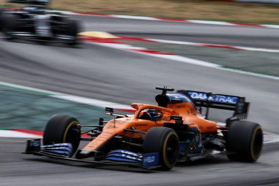 Carlos Sainz Jr (ESP) McLaren MCL35. 16.08.2020. Formula 1 World Championship, Rd 6, Spanish Grand Prix, Barcelona, Spain, Race Day. - www.xpbimages.com, EMail: requests@xpbimages.com © Copyright: Batchelor / XPB Images