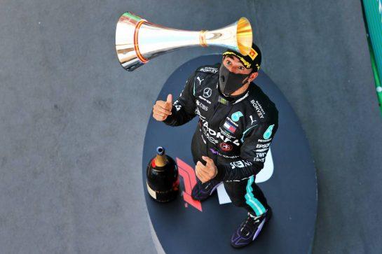 Race winner Lewis Hamilton (GBR) Mercedes AMG F1 celebrates on the podium. 16.08.2020. Formula 1 World Championship, Rd 6, Spanish Grand Prix, Barcelona, Spain, Race Day. - www.xpbimages.com, EMail: requests@xpbimages.com © Copyright: Filipe / XPB Images