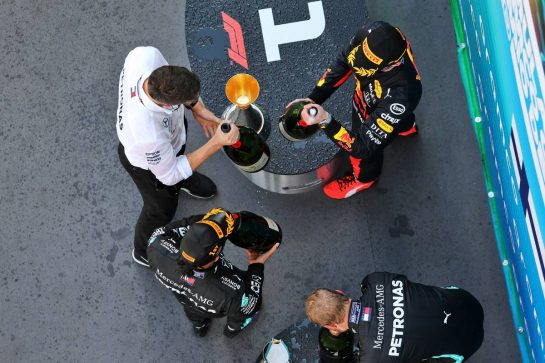 The podium: Max Verstappen (NLD) Red Bull Racing, second; Lewis Hamilton (GBR) Mercedes AMG F1, race winner; Valtteri Bottas (FIN) Mercedes AMG F1, third. 16.08.2020. Formula 1 World Championship, Rd 6, Spanish Grand Prix, Barcelona, Spain, Race Day. - www.xpbimages.com, EMail: requests@xpbimages.com © Copyright: Filipe / XPB Images