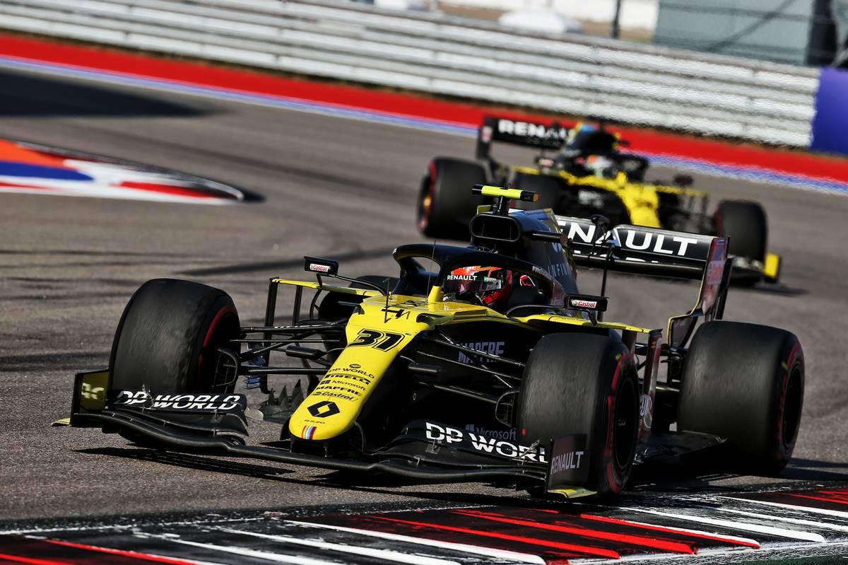 Ocon: Renault swap justified by Ricciardo's 'better pace'