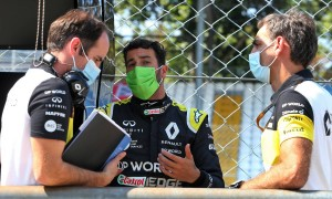 Renault: Frustrating Ricciardo exit highlights need for stability