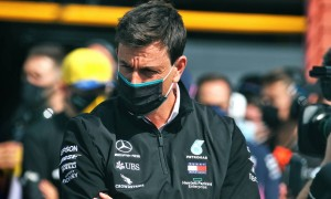 Jordan tells Wolff to 'get the hell out' of Mercedes!