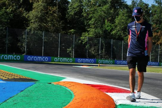 Lance Stroll (CDN) Racing Point F1 Team walks the circuit. 03.09.2020. Formula 1 World Championship, Rd 8, Italian Grand Prix, Monza, Italy, Preparation Day. - www.xpbimages.com, EMail: requests@xpbimages.com © Copyright: Batchelor / XPB Images