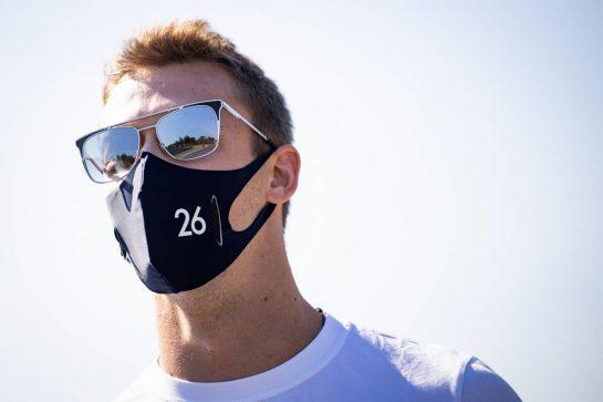 Daniil Kvyat (RUS) AlphaTauri walks the circuit. 03.09.2020. Formula 1 World Championship, Rd 8, Italian Grand Prix, Monza, Italy, Preparation Day. - www.xpbimages.com, EMail: requests@xpbimages.com © Copyright: Bearne / XPB Images