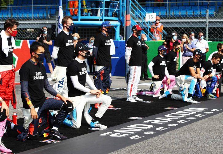 Drivers make their end racism message on the grid minus Lewis Hamilton (GBR) Mercedes AMG F1 and Sebastian Vettel (GER) Ferrari