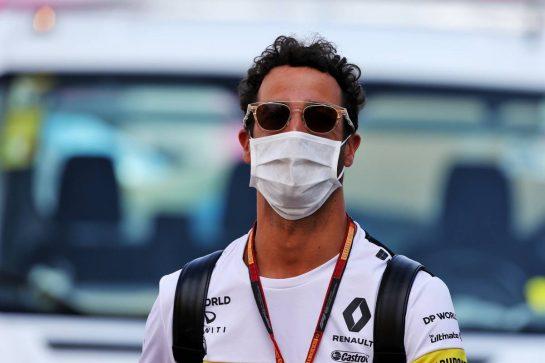 Daniel Ricciardo (AUS) Renault F1 Team. 10.09.2020. Formula 1 World Championship, Rd 9, Tuscan Grand Prix, Mugello, Italy, Preparation Day. - www.xpbimages.com, EMail: requests@xpbimages.com © Copyright: Moy / XPB Images