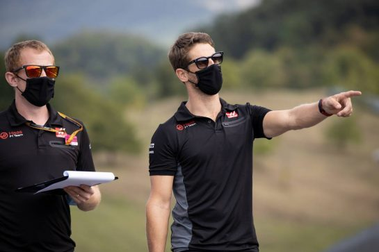 Romain Grosjean (FRA) Haas F1 Team walks the circuit with the team. 10.09.2020. Formula 1 World Championship, Rd 9, Tuscan Grand Prix, Mugello, Italy, Preparation Day. - www.xpbimages.com, EMail: requests@xpbimages.com © Copyright: Bearne / XPB Images