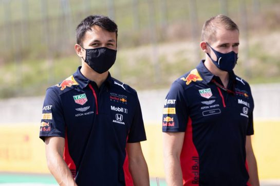 Alexander Albon (THA) Red Bull Racing walks the circuit with the team. 10.09.2020. Formula 1 World Championship, Rd 9, Tuscan Grand Prix, Mugello, Italy, Preparation Day. - www.xpbimages.com, EMail: requests@xpbimages.com © Copyright: Bearne / XPB Images