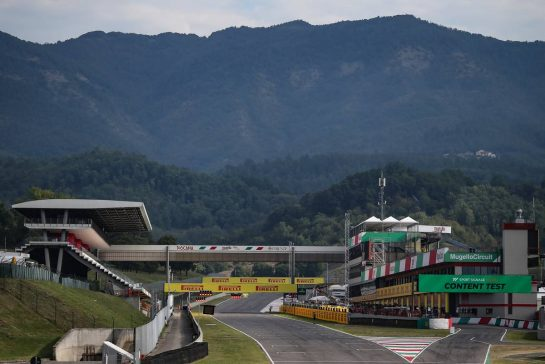 Track Atmosphere, main straight10.09.2020. Formula 1 World Championship, Rd 9, Tuscan Grand Prix, Mugello, Italy, Preparation Day.- www.xpbimages.com, EMail: requests@xpbimages.com © Copyright: Charniaux / XPB Images