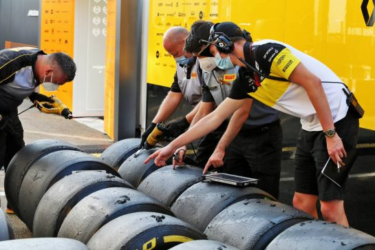 Renault F1 Team - Pirelli tyres. 11.09.2020. Formula 1 World Championship, Rd 9, Tuscan Grand Prix, Mugello, Italy, Practice Day. - www.xpbimages.com, EMail: requests@xpbimages.com © Copyright: Moy / XPB Images