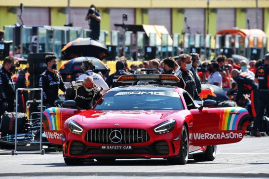 Red FIA Safety Car on the grid. 13.09.2020. Formula 1 World Championship, Rd 9, Tuscan Grand Prix, Mugello, Italy, Race Day. - www.xpbimages.com, EMail: requests@xpbimages.com © Copyright: Batchelor / XPB Images