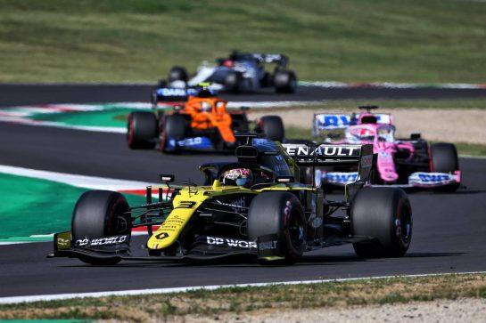 Daniel Ricciardo (AUS) Renault F1 Team RS20. 13.09.2020. Formula 1 World Championship, Rd 9, Tuscan Grand Prix, Mugello, Italy, Race Day. - www.xpbimages.com, EMail: requests@xpbimages.com © Copyright: Charniaux / XPB Images