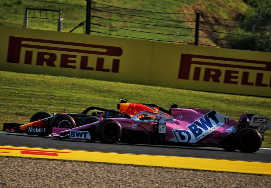 Alexander Albon (THA) Red Bull Racing RB16 and Sergio Perez (MEX) Racing Point F1 Team RP19 battle for position. 13.09.2020. Formula 1 World Championship, Rd 9, Tuscan Grand Prix, Mugello, Italy, Race Day. - www.xpbimages.com, EMail: requests@xpbimages.com © Copyright: Batchelor / XPB Images