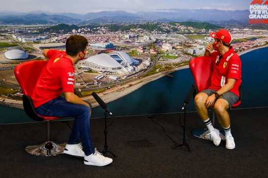 (L to R): Charles Leclerc (MON) Ferrari and team mate Sebastian Vettel (GER) Ferrari in the FIA Press Conference. 24.09.2020. Formula 1 World Championship, Rd 10, Russian Grand Prix, Sochi Autodrom, Sochi, Russia, Preparation Day. - www.xpbimages.com, EMail: requests@xpbimages.com © Copyright: FIA Pool Image for Editorial Use Only