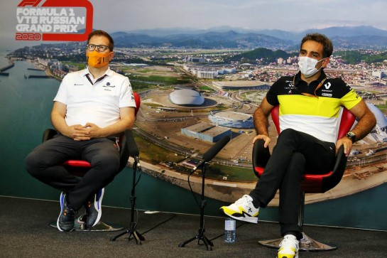 (L to R): Andreas Seidl, McLaren Managing Director and Cyril Abiteboul (FRA) Renault Sport F1 Managing Director in the FIA Press Conference. 25.09.2020. Formula 1 World Championship, Rd 10, Russian Grand Prix, Sochi Autodrom, Sochi, Russia, Practice Day. - www.xpbimages.com, EMail: requests@xpbimages.com © Copyright: Charniaux / XPB Images