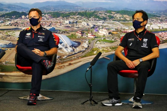 (L to R): Christian Horner (GBR) Red Bull Racing Team Principal and Toyoharu Tanabe (JPN) Honda Racing F1 Technical Director in the FIA Press Conference.