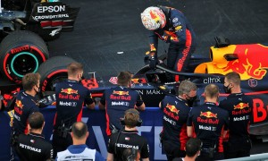 Horner hails 'unbelievable lap' by Verstappen in Q3